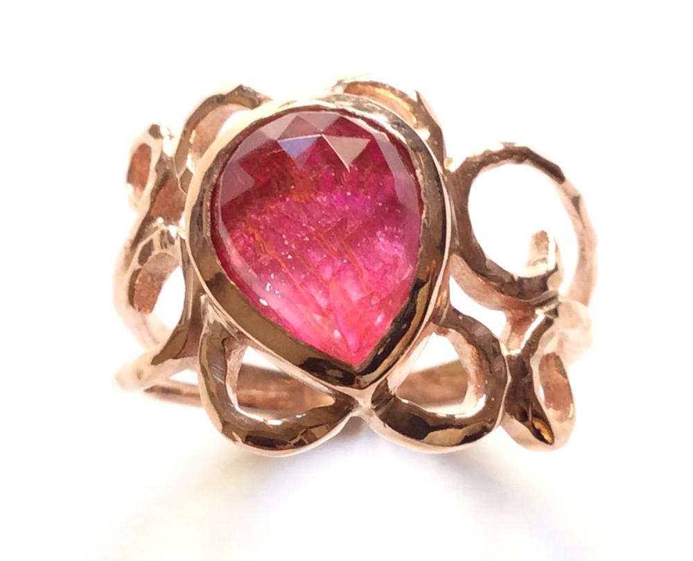 Γυναικείο Δαχτυλίδι Ασημένιο Με Ρουμπίνι - e-kynthia.gr b8fb778b81c
